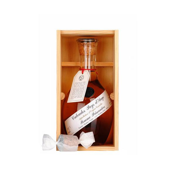 CALVADOS POMME PRISONNIERE IN WOODEN BOX 100CL